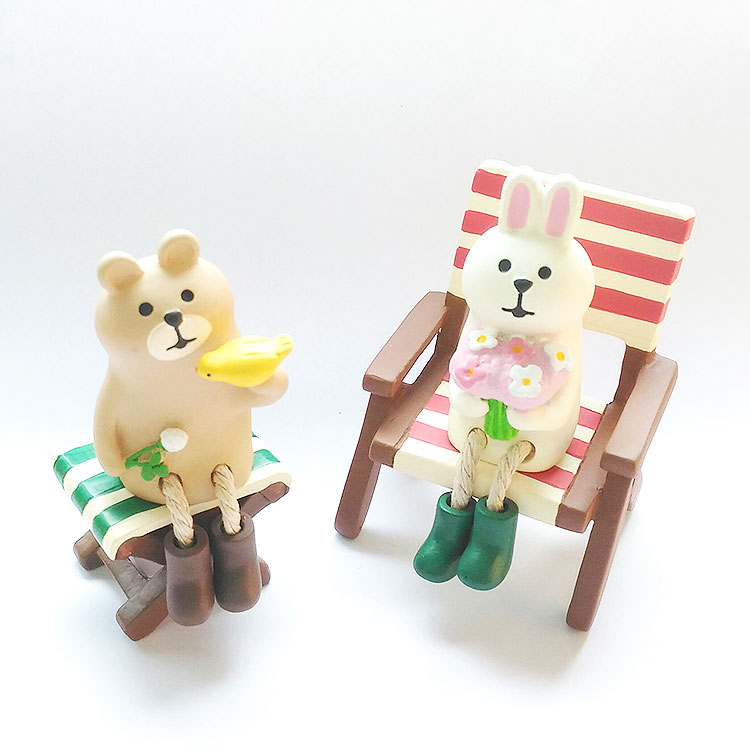 日本 Decole 雜貨 小擺飾 紅白海灘椅 Pattern Safari 狩獵隊 公仔